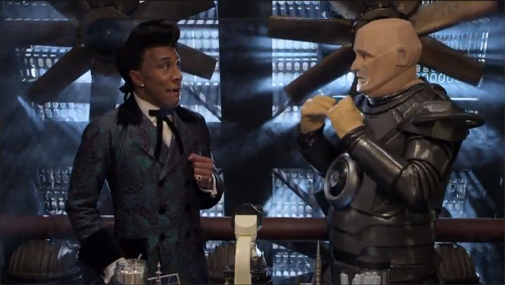 Still from Kryten and The Cat in sync