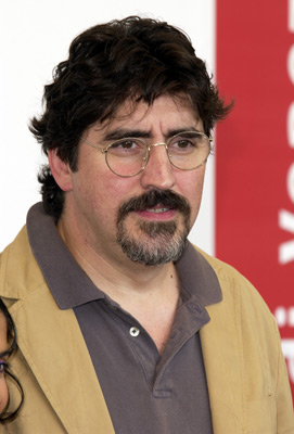 Alfred Molina. He'd have got on well with Rob Grant!!!!!!!!1