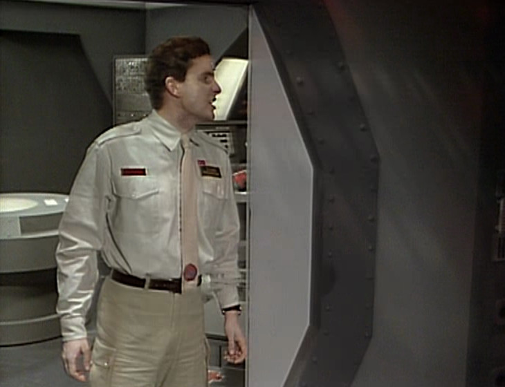 Rimmer in the Drive Room with no vending machine in the background