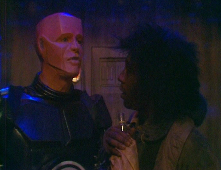 Kryten calling Cat an ASSHOLE because it's funny