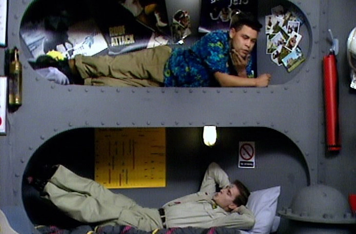 Lister and Rimmer in bunks