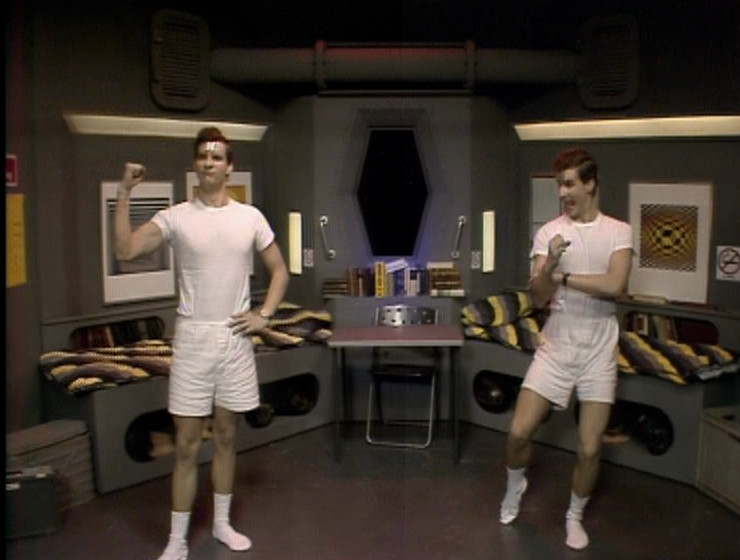 The two Rimmer's in their bunkroom